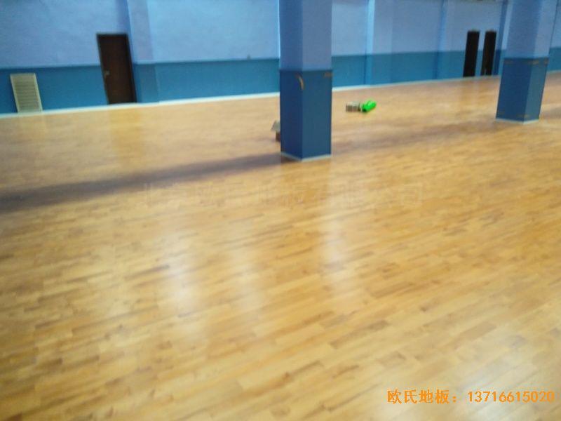 湖北武汉新华路体育场羽毛球馆体育木地板铺装案例