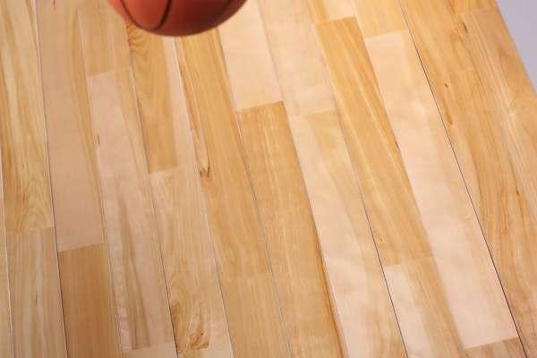 篮球场木地板如何考察质量