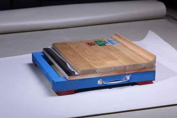 体育木地板保养方法有哪些
