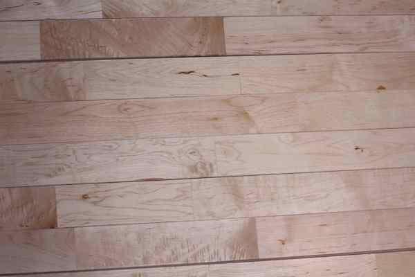 选购运动木地板有哪些技巧