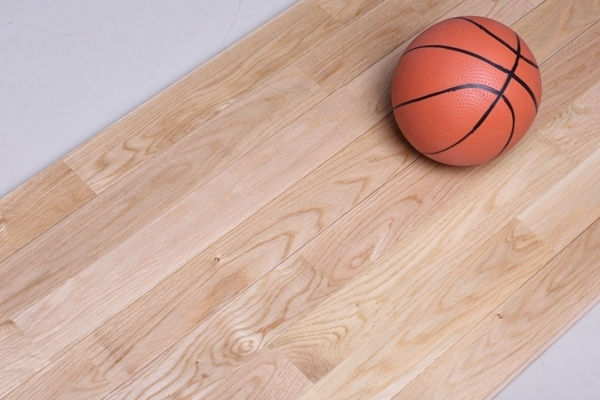 体育实木地板安装