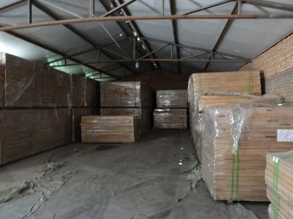 体育木地板结构体系组成包括什么