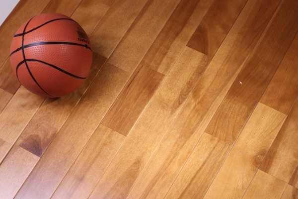 篮球场木地板日常保养清洁都做些什么