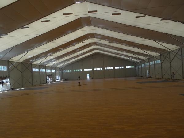 体育场馆木地板冬夏如何维护