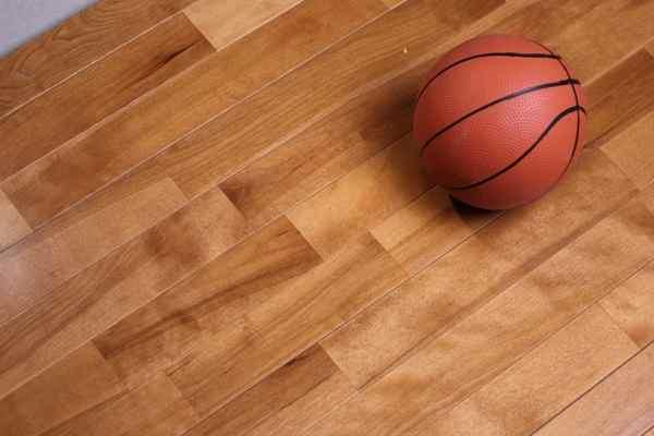 长春运动木地板技术