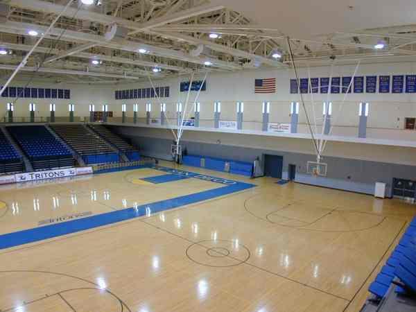 南充做室内篮球场要多少钱