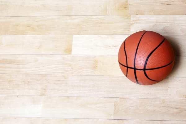 辽宁柞木体育木地板