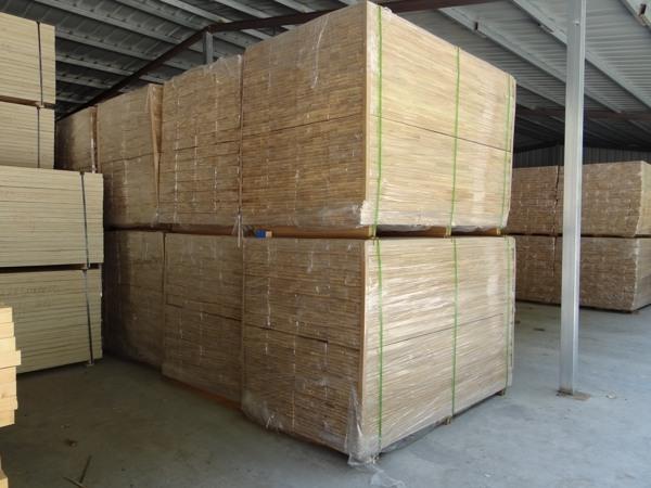 南充专业运动实木地板价格