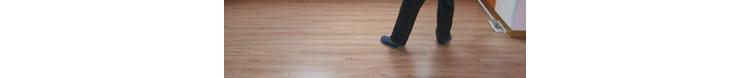 篮球馆运动木地板翻新方案