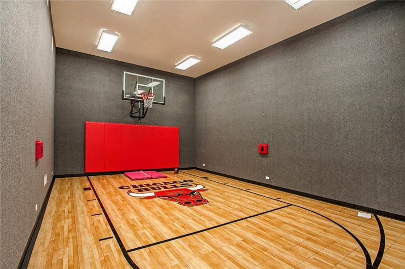 为何枫木地板是极佳的篮球馆木地板
