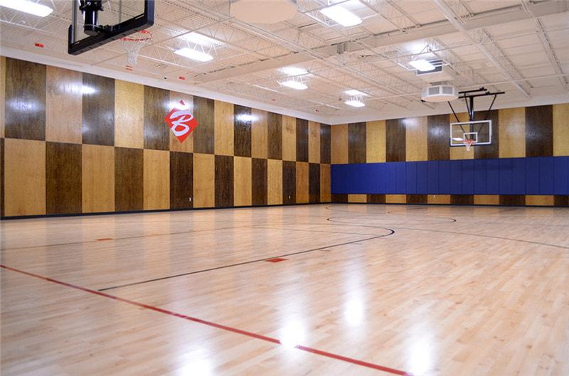 愁啊愁,篮球场用什么地板好呢?